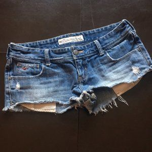 Hollister Exposed Pocket Cut Offs